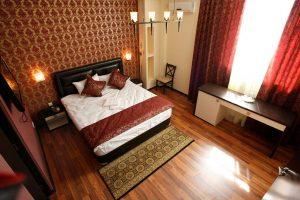 Thumbnail for Iris Hotel